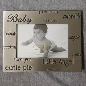 NWOT Adorable Baby Picture Frame 5x3.5 💗